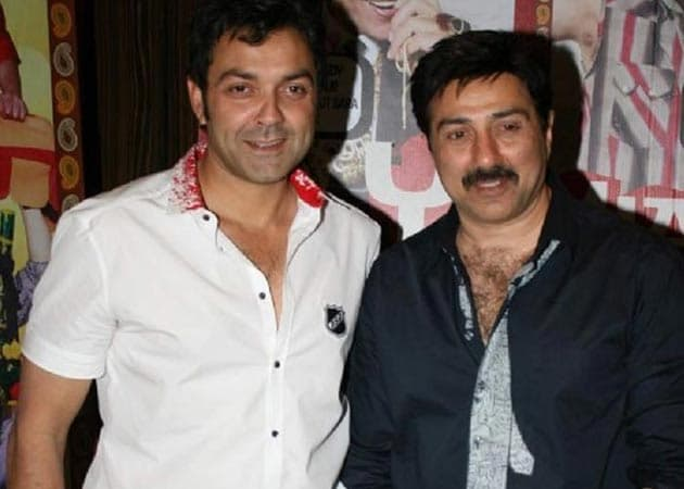 Sunny Deol Wedding http://movies.ndtv.com/bollywood/sunny-and-bobby-deol-skip-esha-s-sangeet-mehendi-and-wedding-237559
