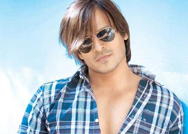 http://drop.ndtv.com/Movies/images/articles/big/vivek-oberoi-jayantabhai.jpg