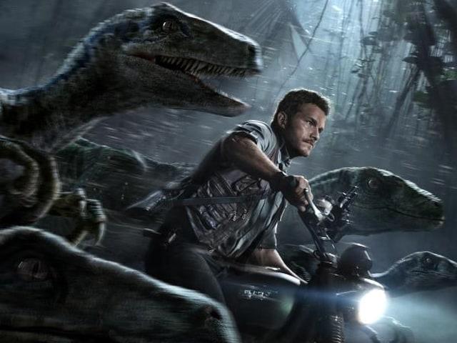 <i>Jurassic World</i> Movie Review