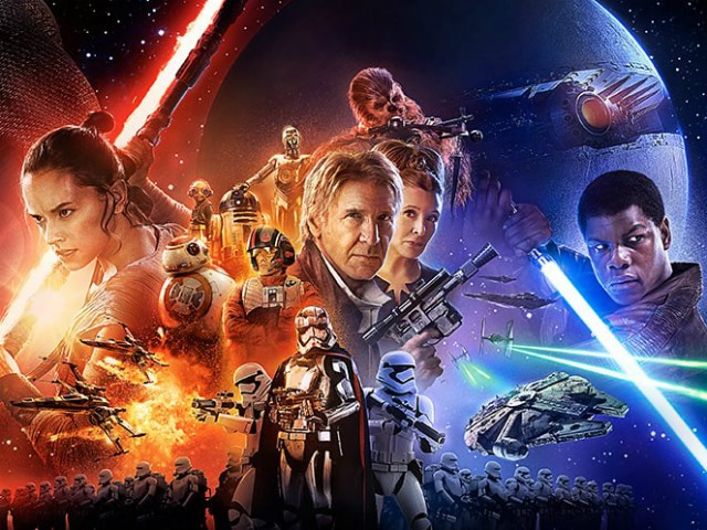 <I>Star Wars: The Force Awakens</i> Delivers the Thrills, With a Touch of Humanity