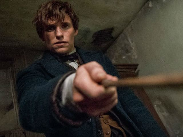 Fantastic Beasts and Where to Find Them Movie Review: Eddie Redmayne's Film Hits Harry Potter Reset Button