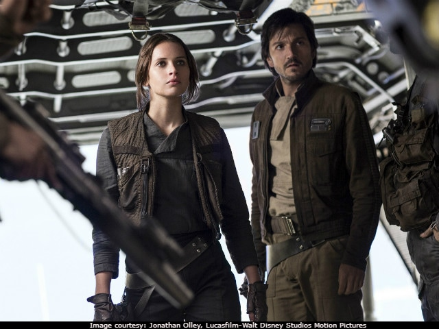 <I>Rogue One: A Star Wars Story</i> Movie Review - Felicity Jones' Film Fits In Neatly
