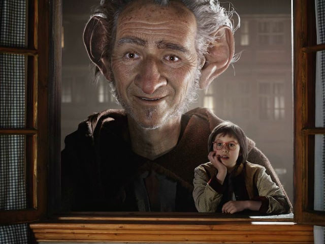 The BFG Movie Review (Hindi)