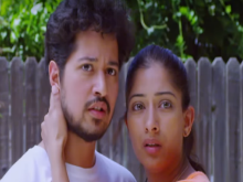 Waarrior Savitri Movie Review