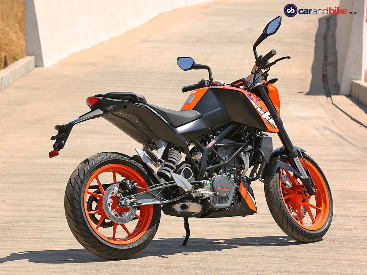 2017 ktm 200 duke review. Black Bedroom Furniture Sets. Home Design Ideas