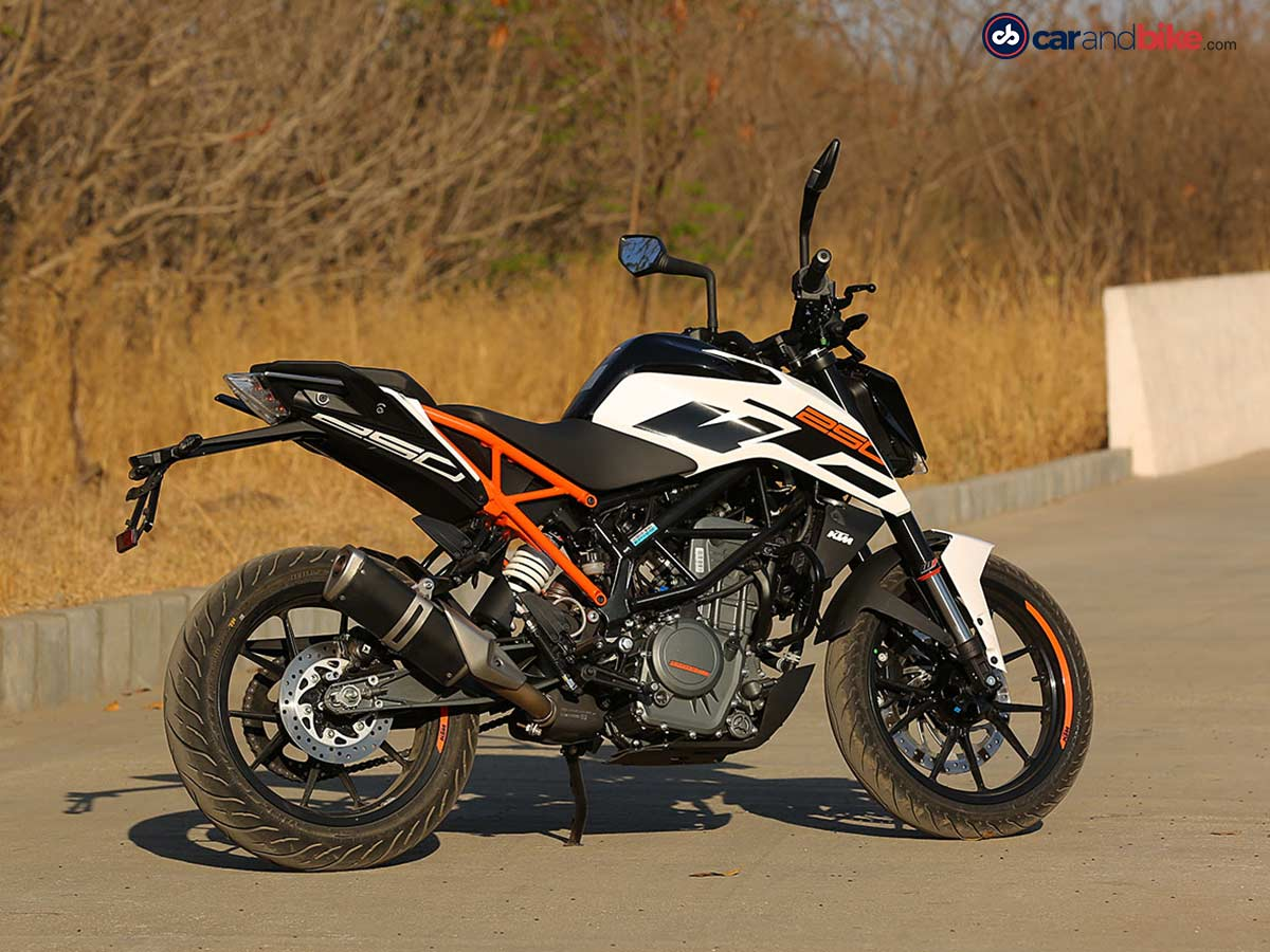 2017 ktm 250 duke first ride review. Black Bedroom Furniture Sets. Home Design Ideas