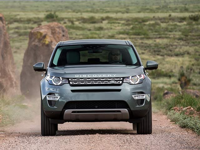 2014 Paris Motor Show: Land Rover Discovery Sport Photo Gallery