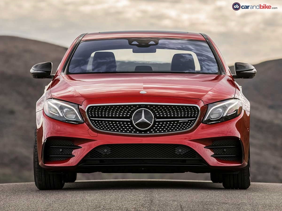 The looks of the E43 4Matic also render it immediately recognisable as a member of the AMG family