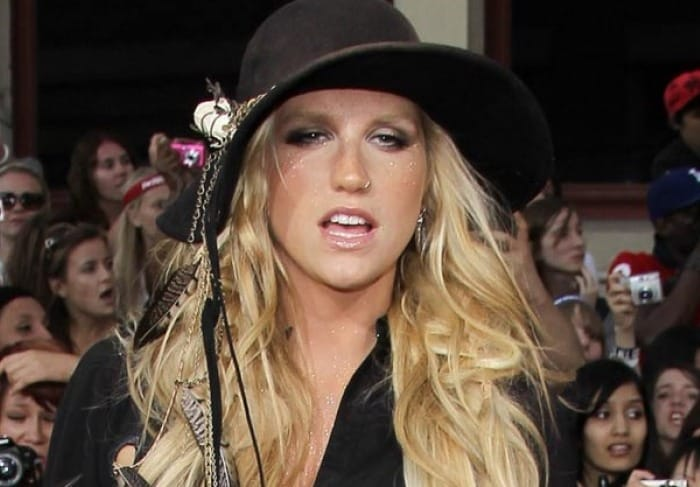 Kesha in rehab for eating disorder