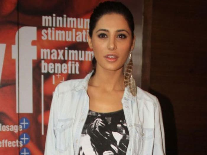 Nargis Fakhri turns dietician