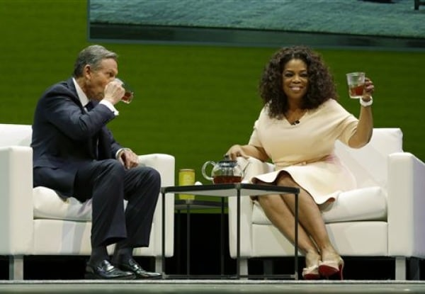 Oprah gives Starbucks a celebrity shot