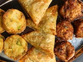 A Crunchy Affair: When Rains Meet Those Crispy Snacks