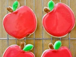 Teacher's Day: Adorable Treats Your Teachers Will Love