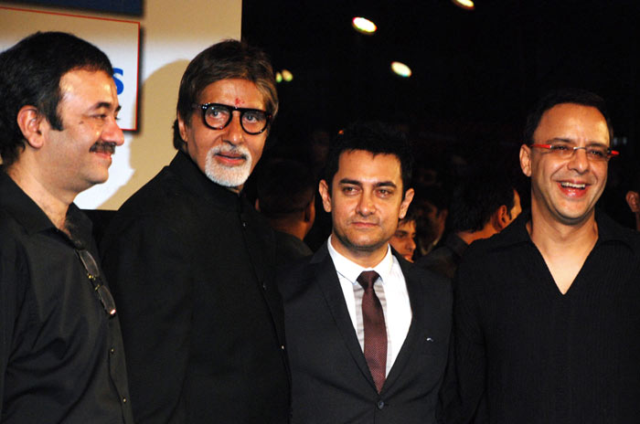 Bollywood support for Bachchan premiere