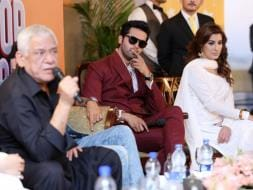 Photo : Actor-in-Law Om Puri's Day Out in Karachi