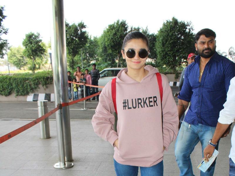 Alia Bhatt, Sridevi And Hrithik Roshan Spotted At The Mumbai Airport