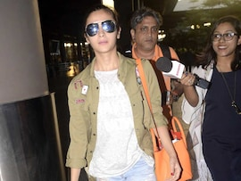 A <i>Shaandaar</i> Actress at the Airport