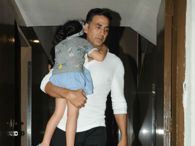 Akshay Kumar's Movie Date With Family