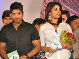 Photo : Allu Arjun, Richa Gangopahyay release the music Ee Rojullo