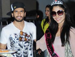 Photo : Anushka's band baaja birthday with Ranveer