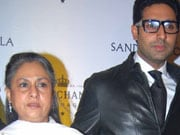 Photo : Bachchans pick Abu-Jani bash for family outing