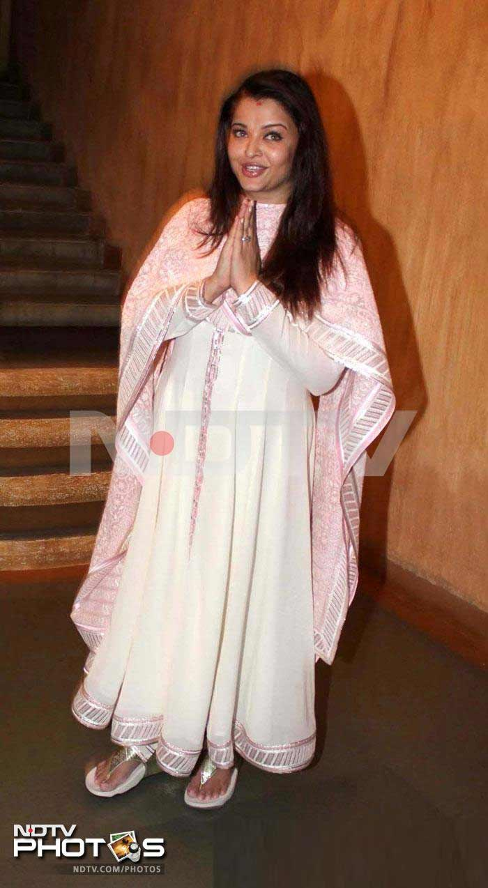 First pics: Aishwarya back home