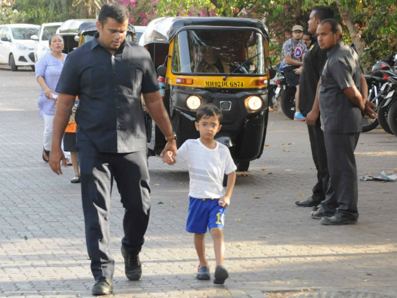 Aamir Khan's Son Azad Is Expert At Being Adorable