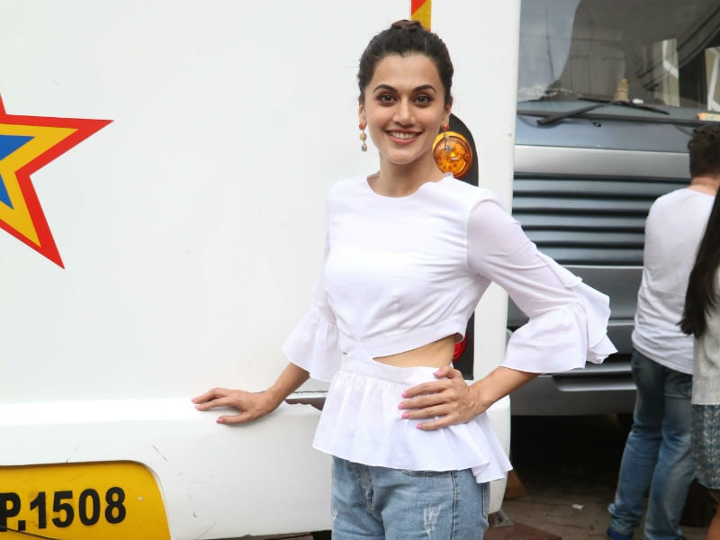 Taapsee Pannu, Sonakshi Sinha's Day Out In Mumbai