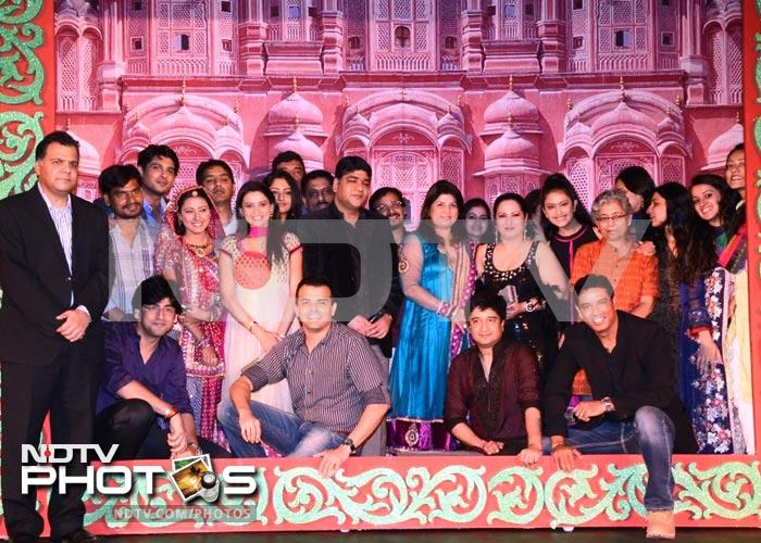 Balika Vadhu cast celebrate 1000th episode
