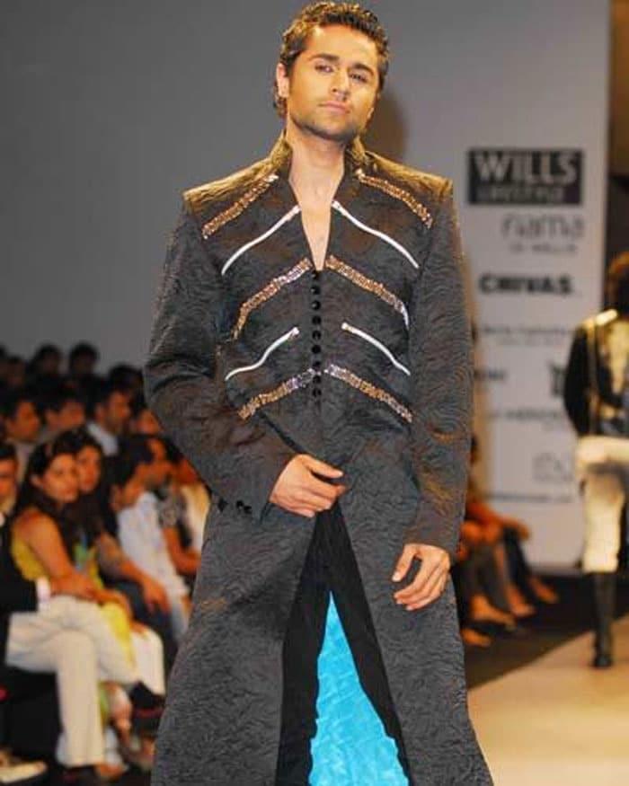 hrishant goswami Salman reveals Bigg Boss 4 contestants
