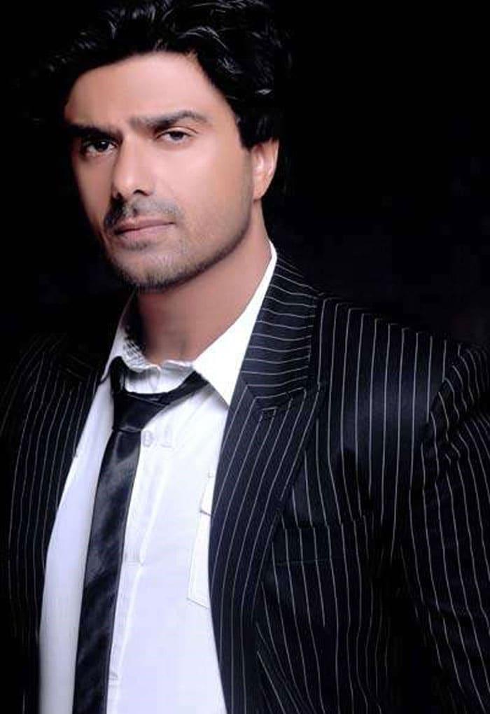 sameer soni Salman reveals Bigg Boss 4 contestants