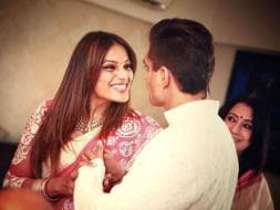 Photo : Bipasha and Karan Singh Grover's Wedding: Starting With the Puja