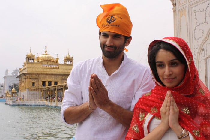 Shraddha, Aditya pray at the Golden Temple