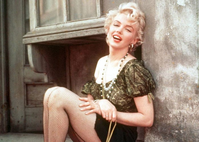 10 bombshells never to have won an Oscar