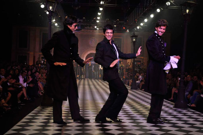 Big B, SRK, Hrithik jig on KJo's ramp