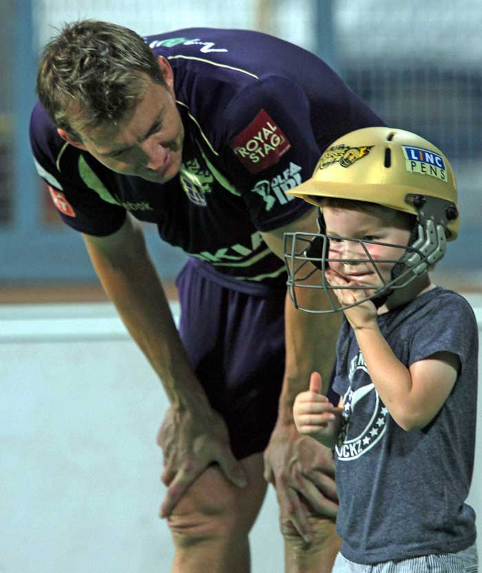 Brett Lee spotted with son