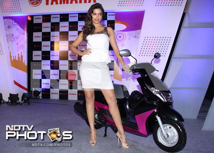 It Girl Deepika's hot new wheels