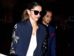 Photo : Deepika Does it Again at the Airport. Sets Fashion Goals
