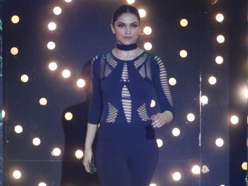 Deepika Padukone Looks Like Double Trouble On Bigg Boss Sets
