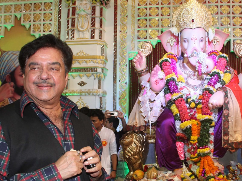 Shatrughan, Ranjeet's Tuesday With Andheri Cha Raja