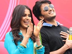 Photo : Newlyweds Riteish Genelia's working Valentine