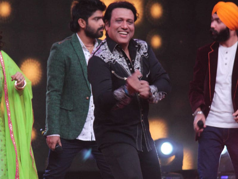 Govinda Rocks Indian Idol 9 With His Dance Moves