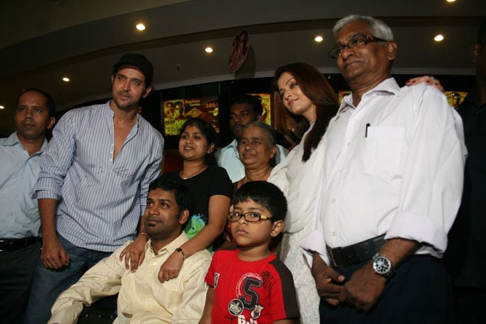 Ash, Hrithik at a special screening of Guzaarish