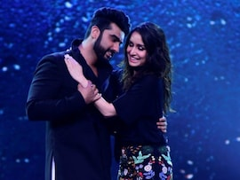 Arjun Shakes A Leg With <i>Half Girlfriend</i> Shraddha