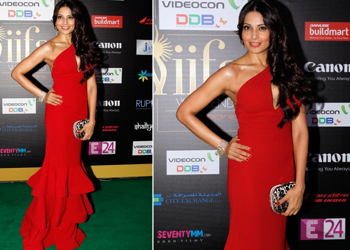 IIFA 2012: Stars walk the green carpet