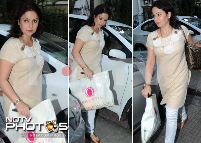 Anjali Tendulkar steps out to watch Ishaqzaade