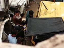 Photo : Aishwarya Gets Her Hands Dirty For Jazbaa