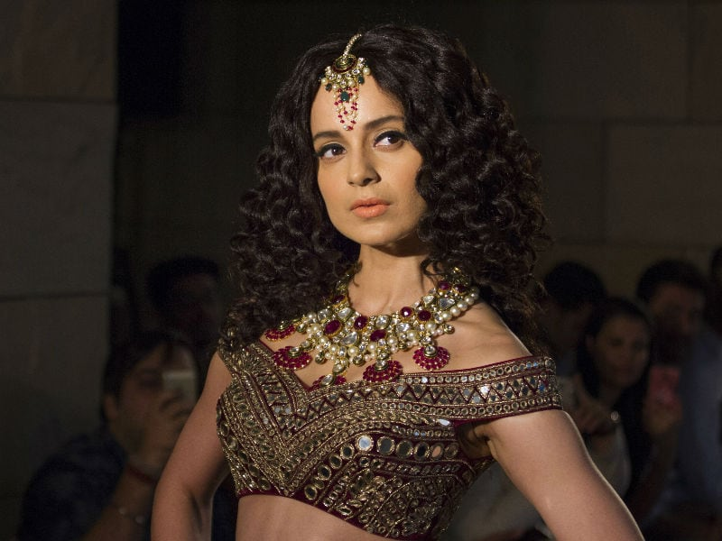 Kangana Ranaut Makes For a Stunning Bride at Couture Week