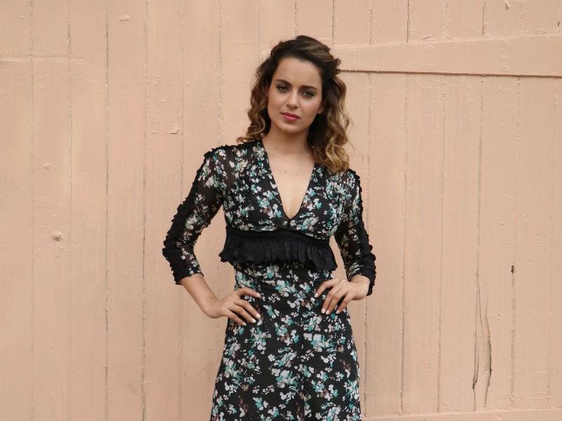 Kangana Ranaut Looks Chic In Black For Rangoon