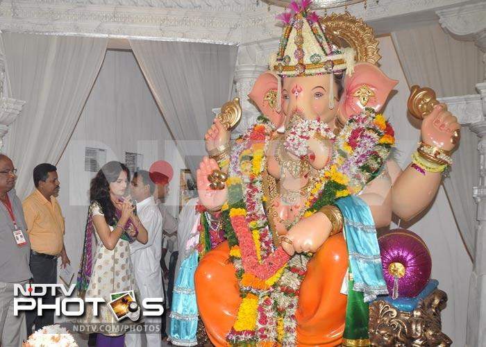 Monica Bedi prays to Lord Ganesh